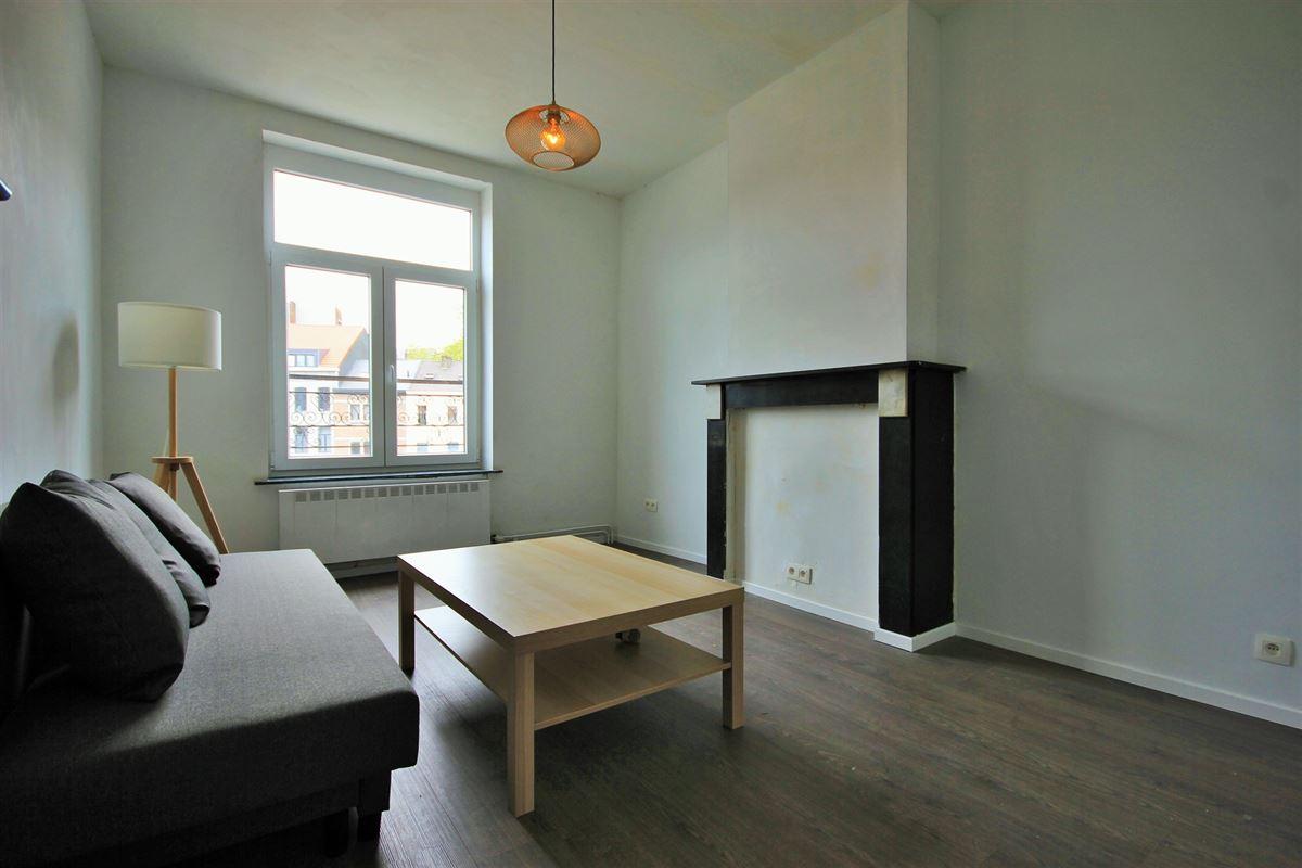 Image 3 : KOT/chambre à 6000 CHARLEROI (Belgique) - Prix 350 €