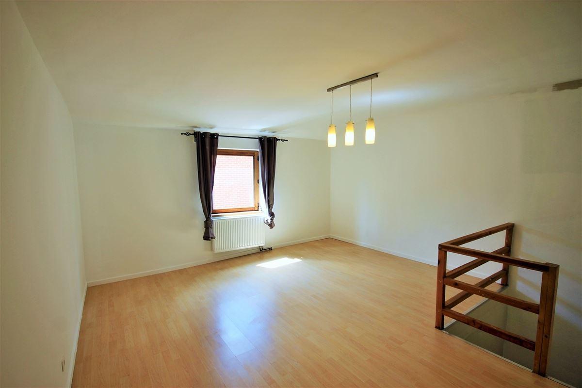 Image 7 : Maison à 6060 GILLY (Belgique) - Prix 850 €