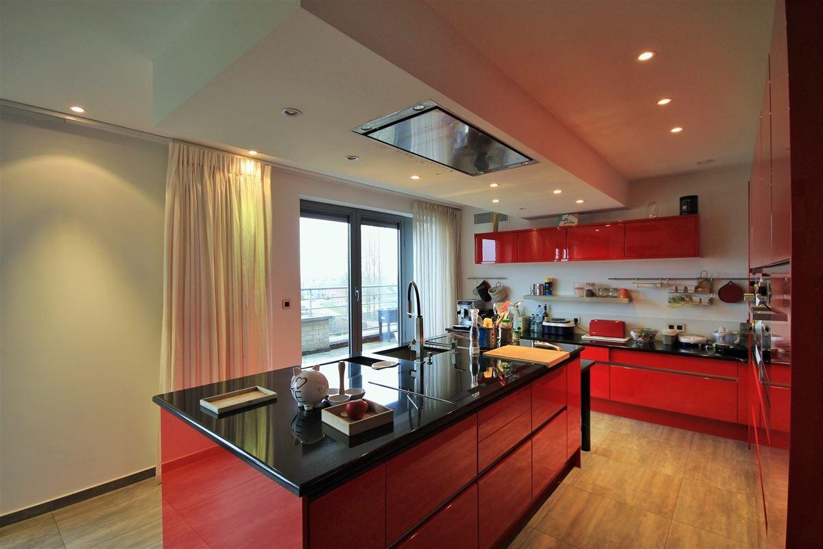 Image 10 : Duplex/Penthouse à 6280 GERPINNES (Belgique) - Prix 595.000 €