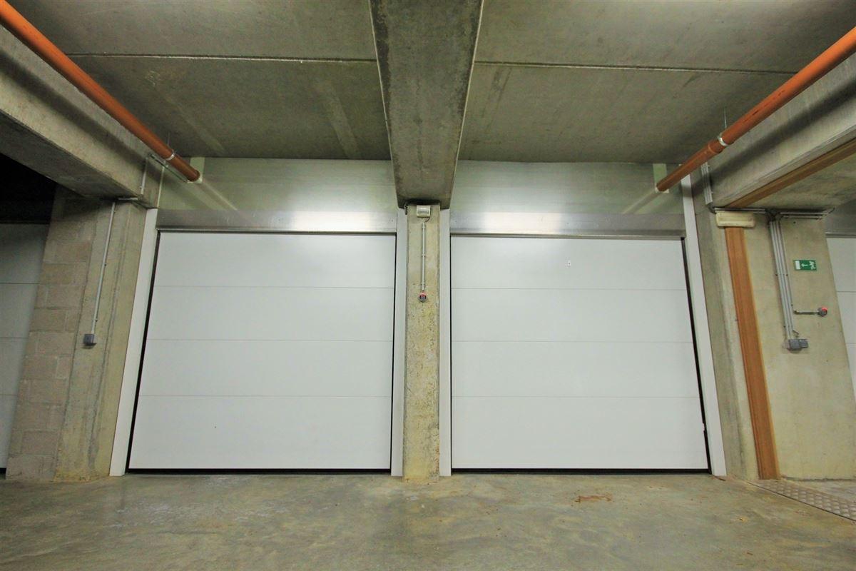 Image 24 : Duplex/Penthouse à 6280 GERPINNES (Belgique) - Prix 595.000 €