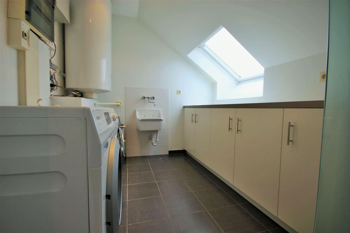 Image 22 : Duplex/Penthouse à 6280 GERPINNES (Belgique) - Prix 595.000 €
