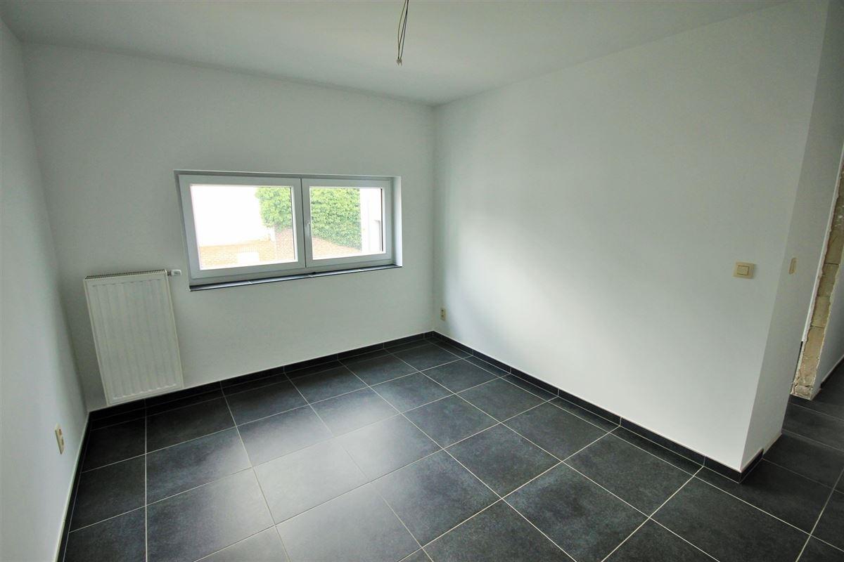 Image 22 : Appartement à 6240 FARCIENNES (Belgique) - Prix 151.000 €