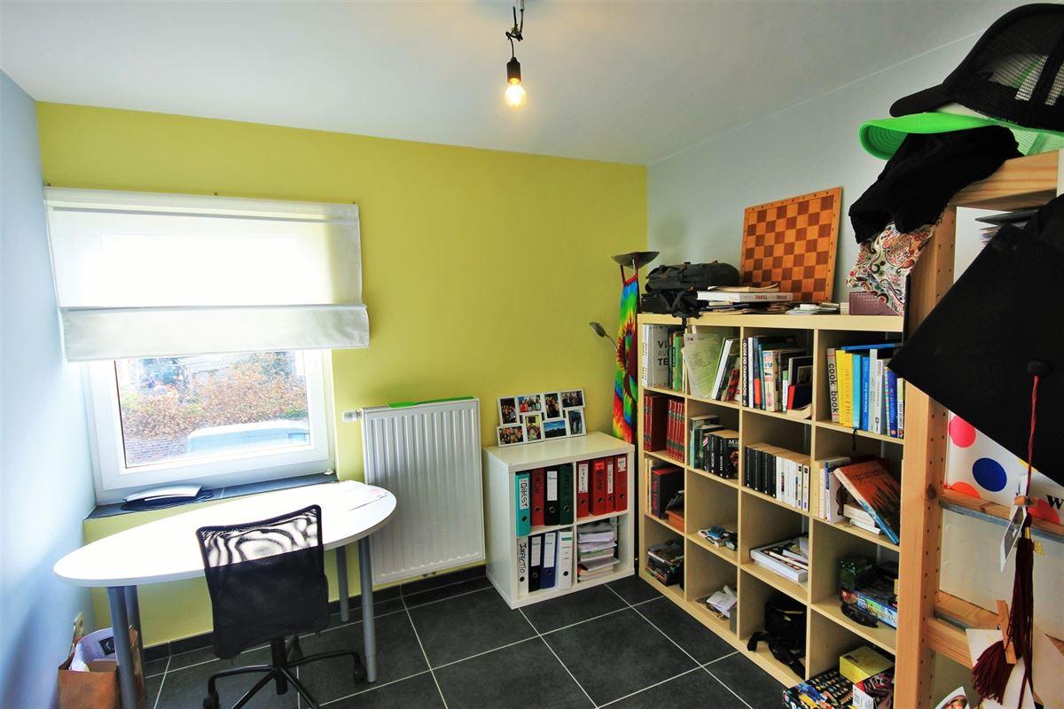 Image 11 : Appartement à 6240 FARCIENNES (Belgique) - Prix 154.000 €