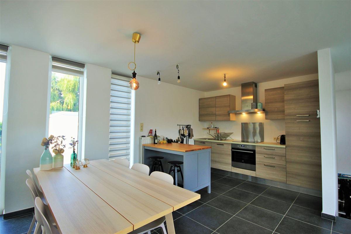 Image 3 : Appartement à 6240 FARCIENNES (Belgique) - Prix 151.000 €