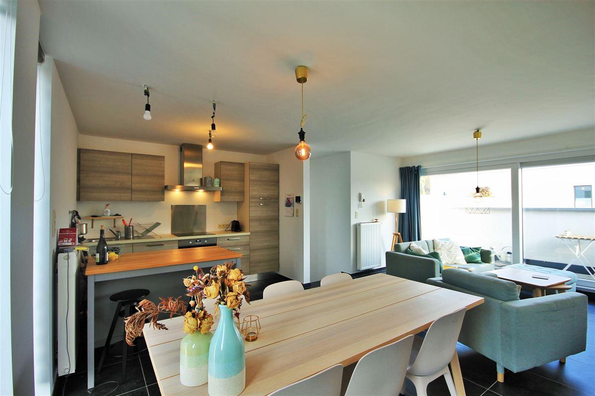 Image 3 : Appartement à 6240 FARCIENNES (Belgique) - Prix 154.000 €
