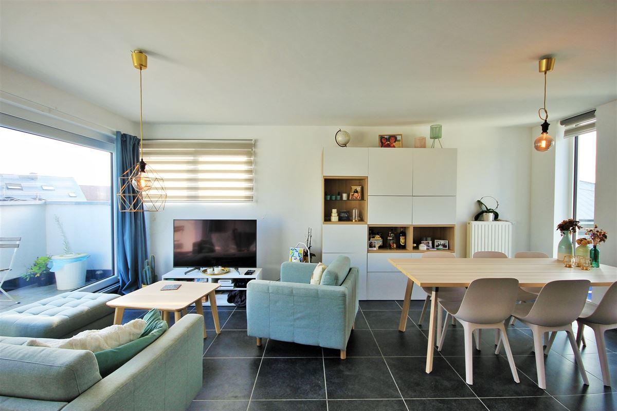 Image 2 : Appartement à 6240 FARCIENNES (Belgique) - Prix 151.000 €