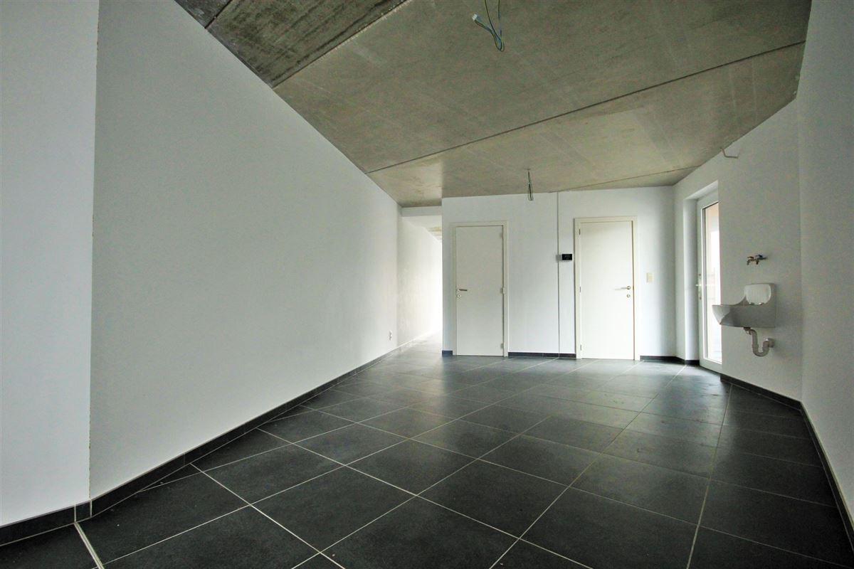 Image 4 : Commerce à 6240 FARCIENNES (Belgique) - Prix 189.000 €