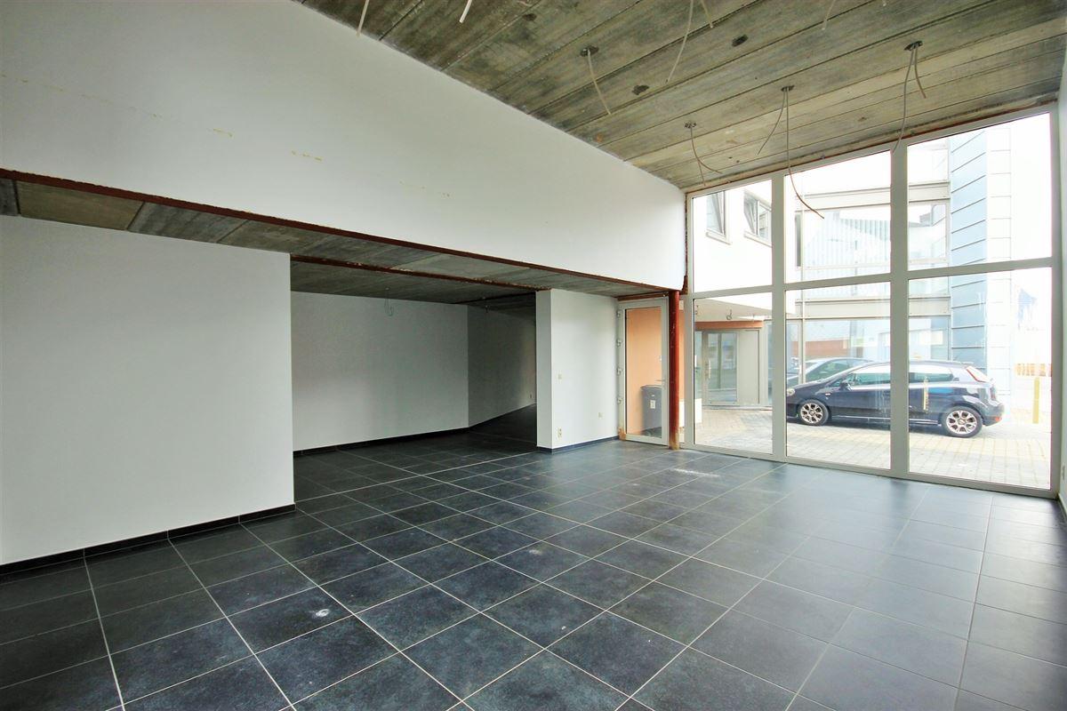 Image 7 : Commerce à 6240 FARCIENNES (Belgique) - Prix 189.000 €