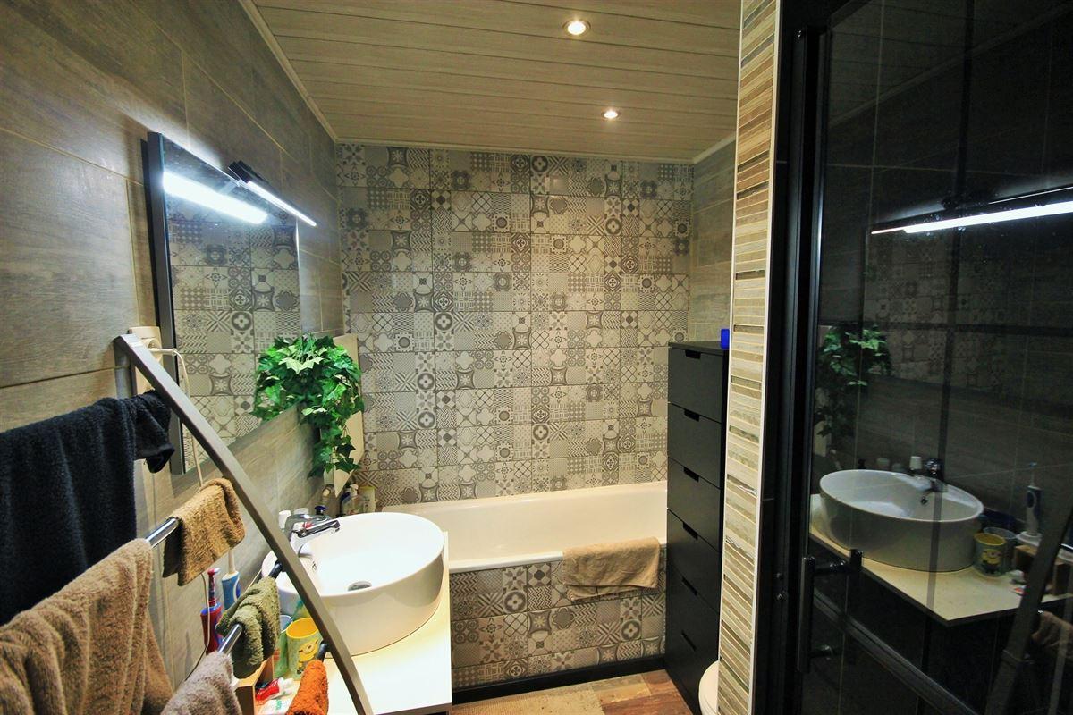 Image 26 : Maison de maître à 6041 GOSSELIES (Belgique) - Prix 295.000 €