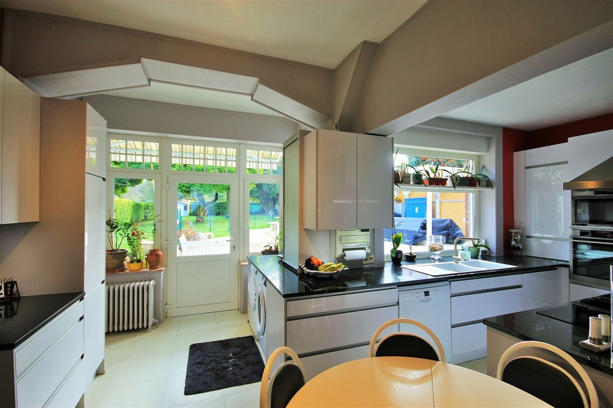 Image 11 : Maison de maître à 6041 GOSSELIES (Belgique) - Prix 295.000 €