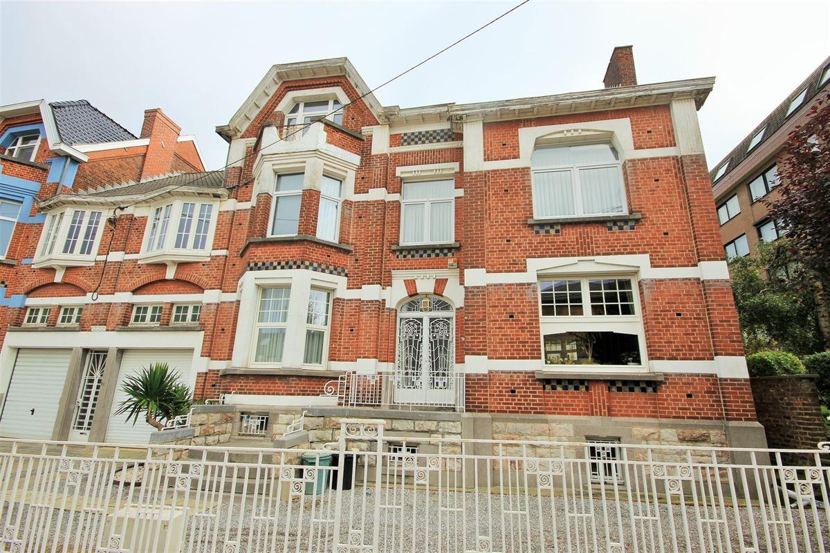 Image 1 : Maison de maître à 6041 GOSSELIES (Belgique) - Prix 295.000 €