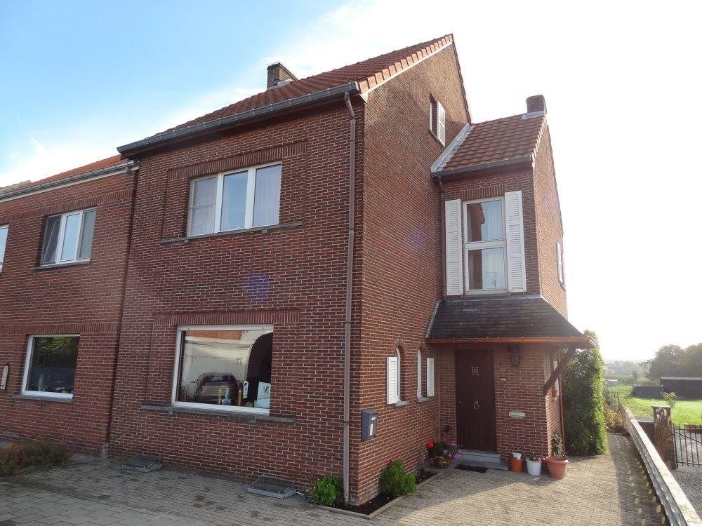 Half-open bebouwing te 3806 VELM (België) - Prijs