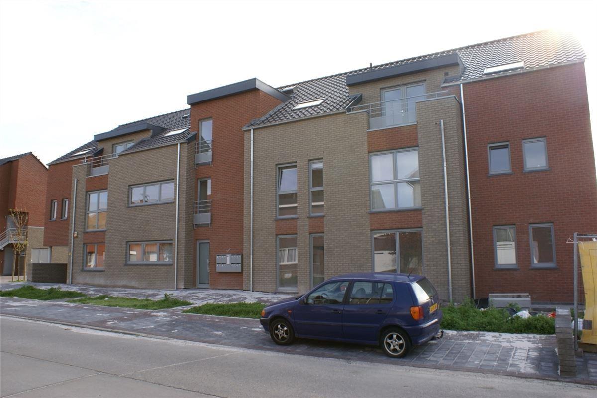 Parking/Garagebox te 3870 HEERS (België) - Prijs