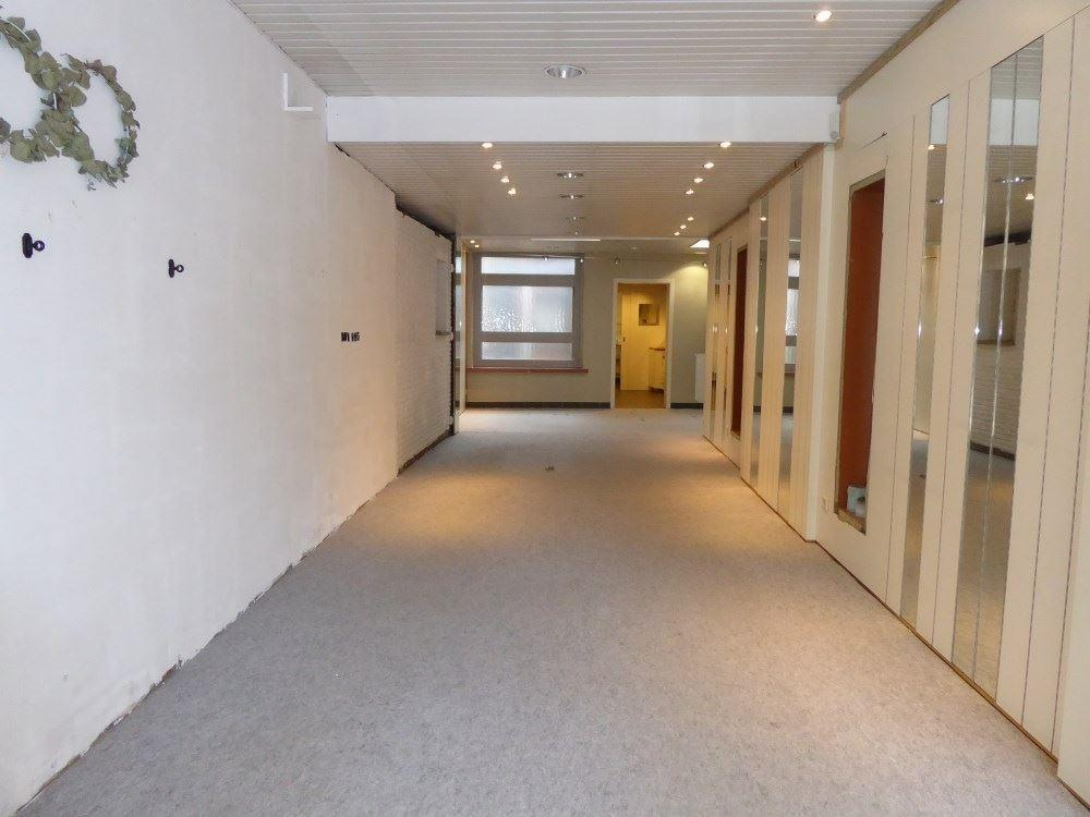 Foto 2 : Winkelruimte te 3800 SINT-TRUIDEN (België) - Prijs € 255.000
