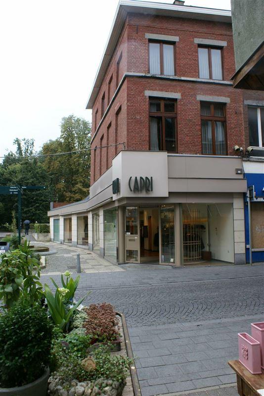 Commercieel gebouw te 3800 SINT-TRUIDEN (België) - Prijs