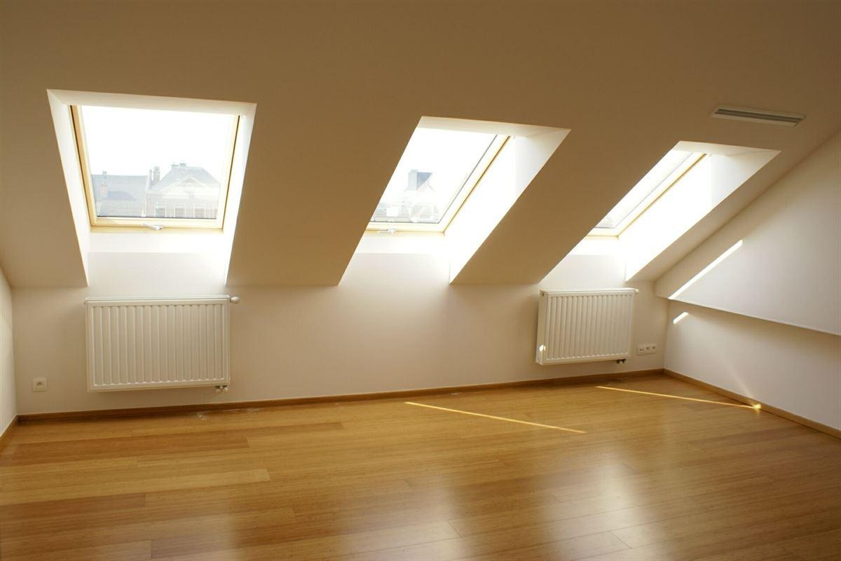 Foto 8 : Duplex/Penthouse te 3800 SINT-TRUIDEN (België) - Prijs € 375.000