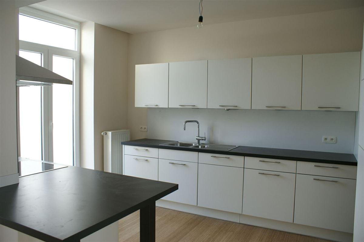 Foto 6 : Duplex/Penthouse te 3800 SINT-TRUIDEN (België) - Prijs € 375.000