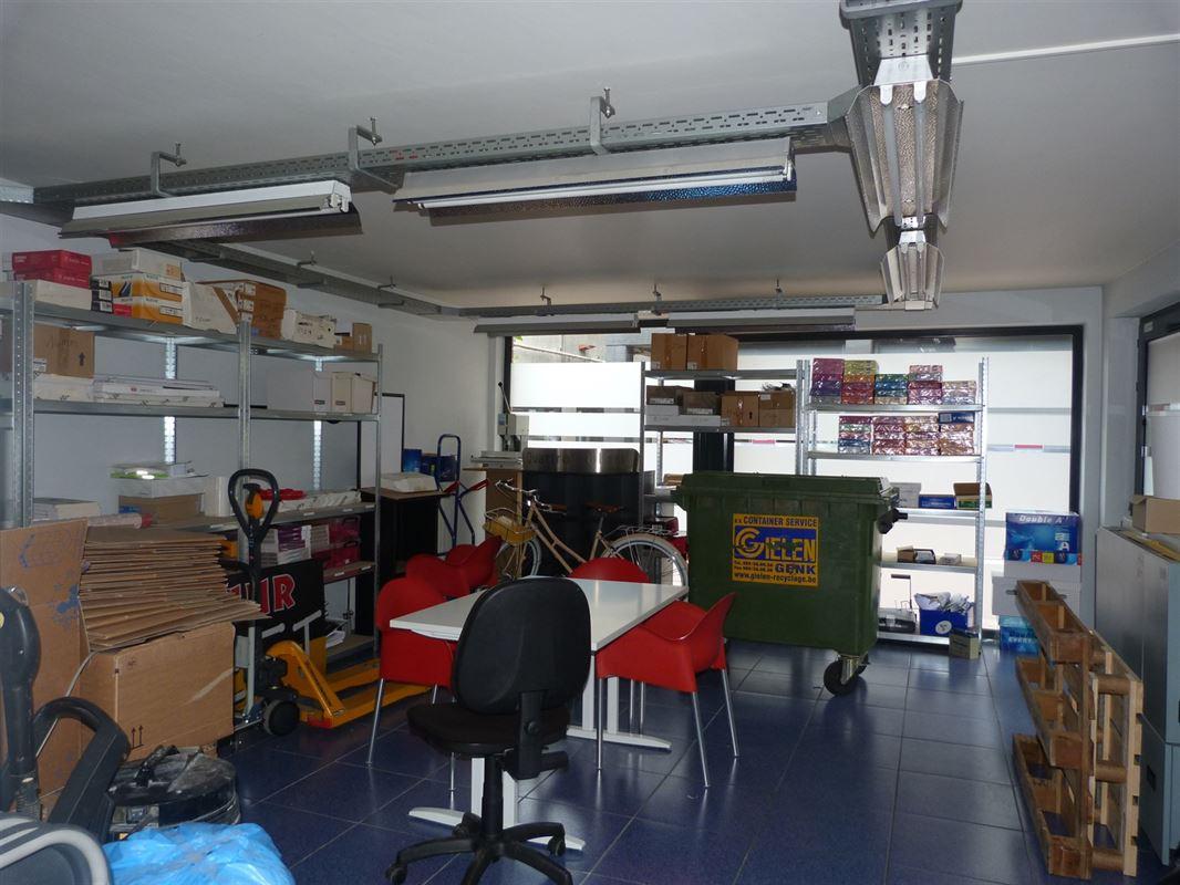 Foto 16 : Winkelruimte te 3800 SINT-TRUIDEN (België) - Prijs € 375.000