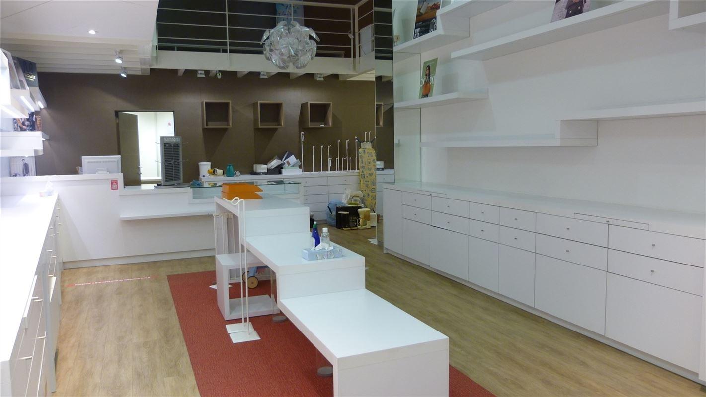 Foto 5 : Commercieel gebouw te 3800 SINT-TRUIDEN (België) - Prijs € 425.000