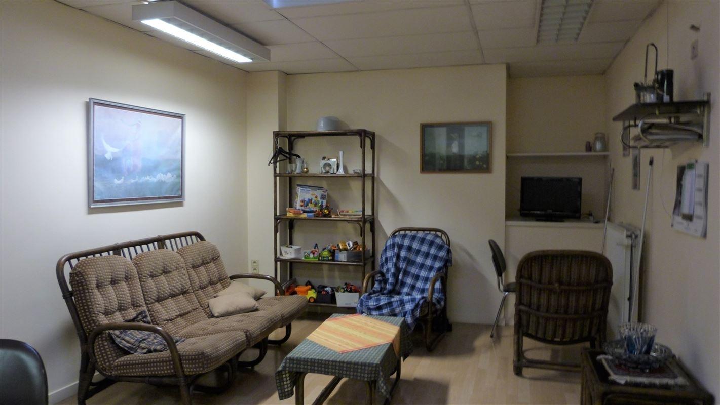 Foto 19 : Winkelruimte te 3800 SINT-TRUIDEN (België) - Prijs € 425.000