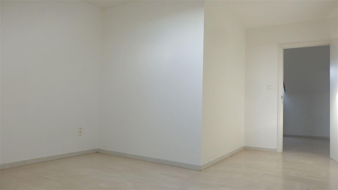 Foto 18 : Appartement te 3800 BRUSTEM (België) - Prijs € 199.000