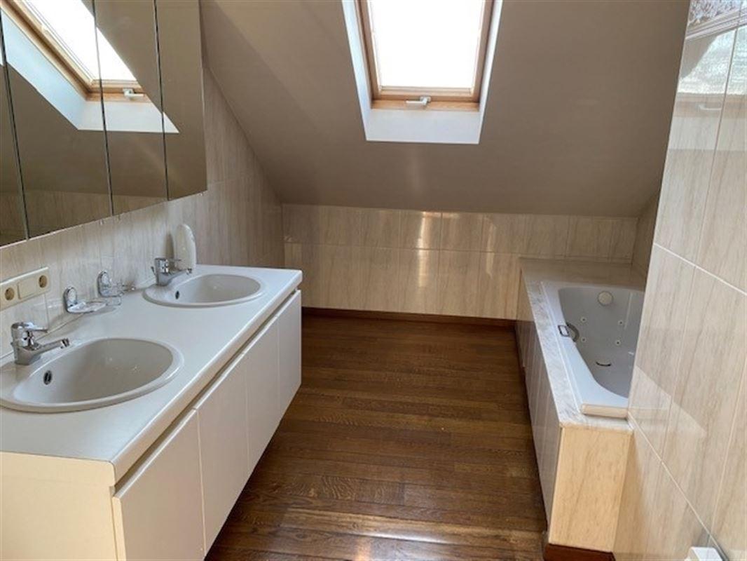 Foto 24 : Duplex/Penthouse te 3800 SINT-TRUIDEN (België) - Prijs € 495.000