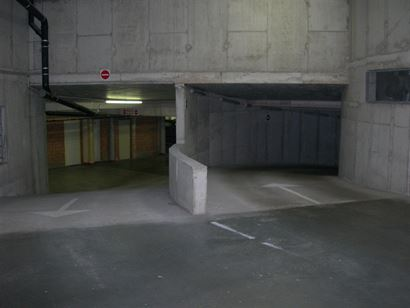 Garage G11.05.21 - Box fermé au niveau -0,5 dans le complex Apollo - Dimensions: 2,72 x 4,97 m - Entrée dans la Franslaan - Pleine propriété  ...