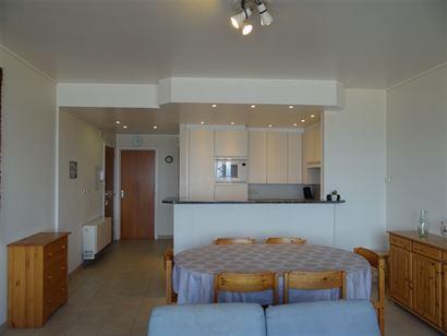 Res. Santa Cruz 0601 - Appartement met 3 slaapkamers gelegen op de 6de verdieping op de Zeedijk van Nieuwpoort bad Inkomhal met apart toilet - Ruime ...