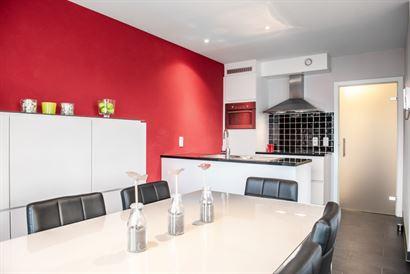 Res. Villa Capricia 0202 - Modern instapklaar hoekappartement met twee slaapkamers - Zonnige oriëntatie van op de tweede verdieping - Inkom - Douchek...