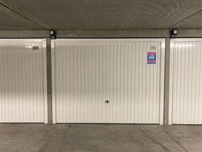 Garagecomplex Franslaan G 1029 - Gelegen op niveau -1 - Afgesloten garagebox in volle eigendom - Afmetingen 2,88 x 5,65 m...