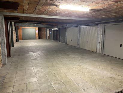 GARAGE TE HUUR OP JAARBASIS - gesloten box op -1...