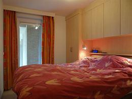 Apollo XI F11.05.01 - Ruim appartement met twee slaapkamers - Gelegen op de vijfde verdieping uitgevend op de Franslaan met zicht op de kerk - Inkom -...