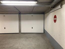 Garagecomplex Loodswezenplein - Garage 1 - Gelegen op niveau -1  - Afmetingen 2m85 x 5m73 - Verkoop onder erfpacht - Inrit in de Lombardsijdestraat...