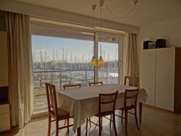 Robert Orlent 0305 - Lichtrijk hoekappartement met twee slaapkamers - Zonnig gelegen op de derde verdieping met de de jachthaven (VVW Nieuwpoort) net ...