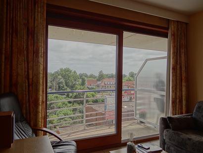 Ensor 49/0401 - Appartement sympa et ensoleillé, avec chambre à coucher - Situé au quatrième étage, avec vue sur la Franslaan - Hall d'entrée - ...