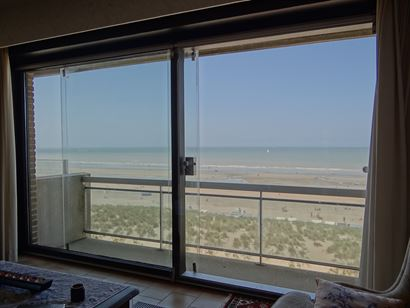 Res. Spinnaker II 0601 - Appartement cosy avec deux chambre à coucher - Magnifique vue sur mer du sixième étage - Grand hall d'entrée - Toilette -...
