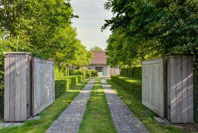 Villa Ten Bogaerde - Maison unique avec dépendances sur un terrain de 8.700 m² - Bien situé sur l'axe vers Koksijde - Facilement accessible par l'E...