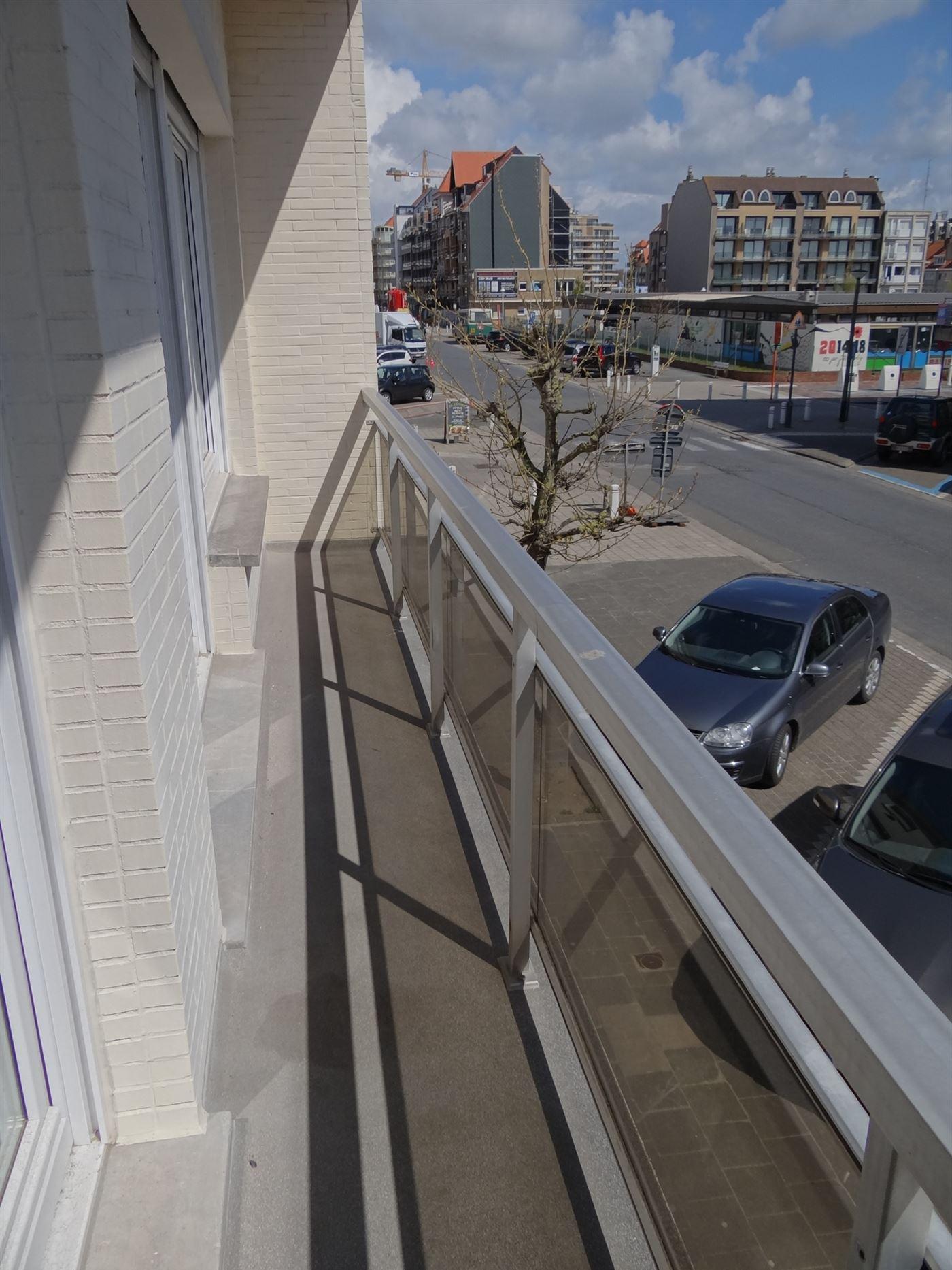 Res. Zoetelande 0104 - Instapklaar gerenoveerd appartement met slaapkamer - Zonnige ligging op de eerste verdieping in de Franslaan - Inkom met toilet...