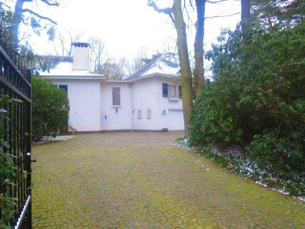 Foto 20 : Villa te 2970 's Gravenwezel (België) - Prijs € 995.000