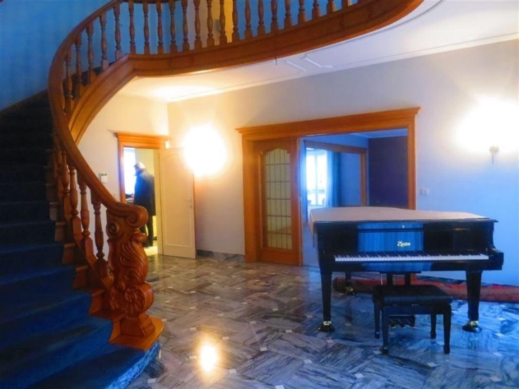 Foto 8 : Villa te 2970 's Gravenwezel (België) - Prijs € 995.000