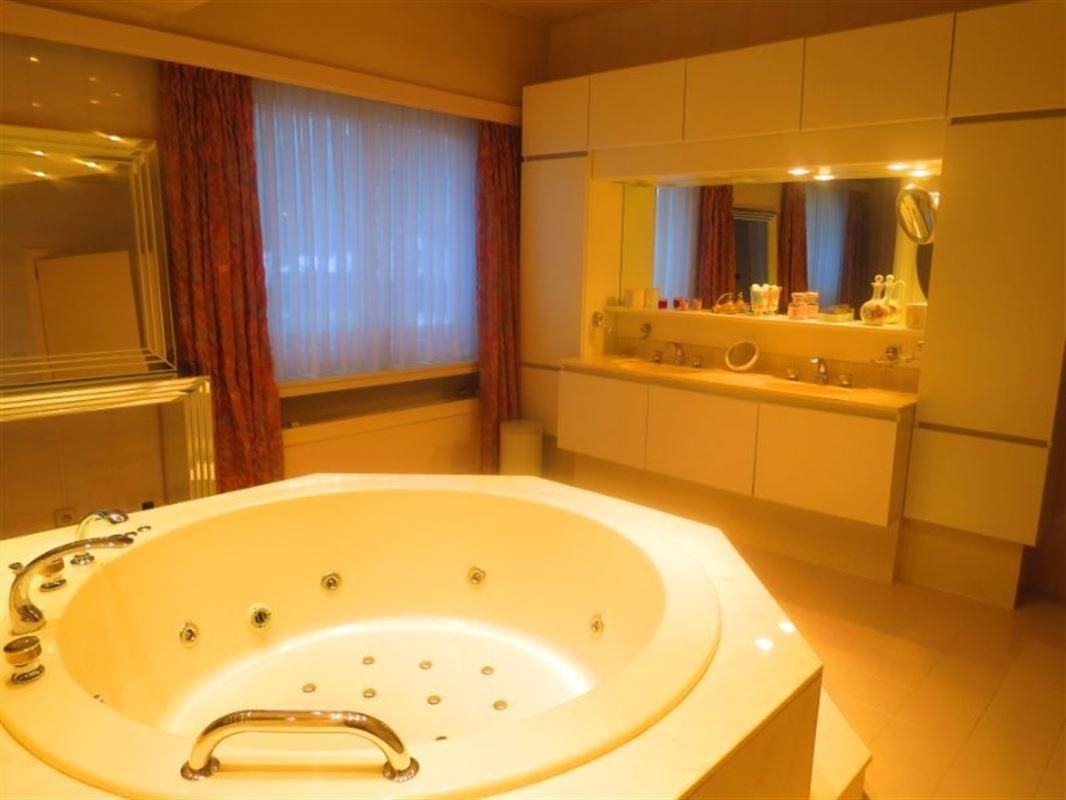 Foto 15 : Villa te 2970 's Gravenwezel (België) - Prijs € 995.000
