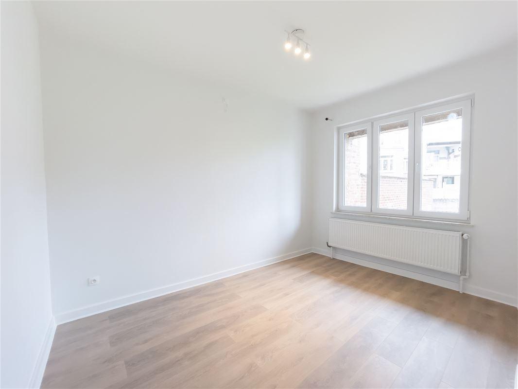 Image 9 : Appartement à 5002 SAINT-SERVAIS (Belgique) - Prix 249.000 €