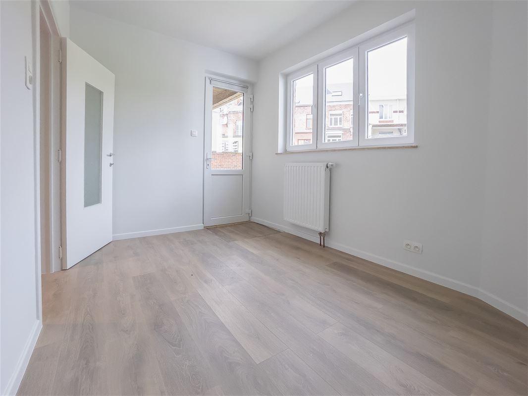 Image 12 : Appartement à 5002 SAINT-SERVAIS (Belgique) - Prix 249.000 €