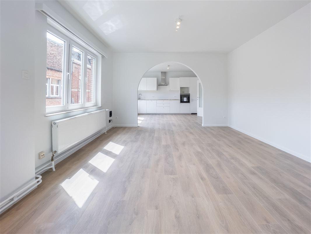 Image 2 : Appartement à 5002 SAINT-SERVAIS (Belgique) - Prix 249.000 €