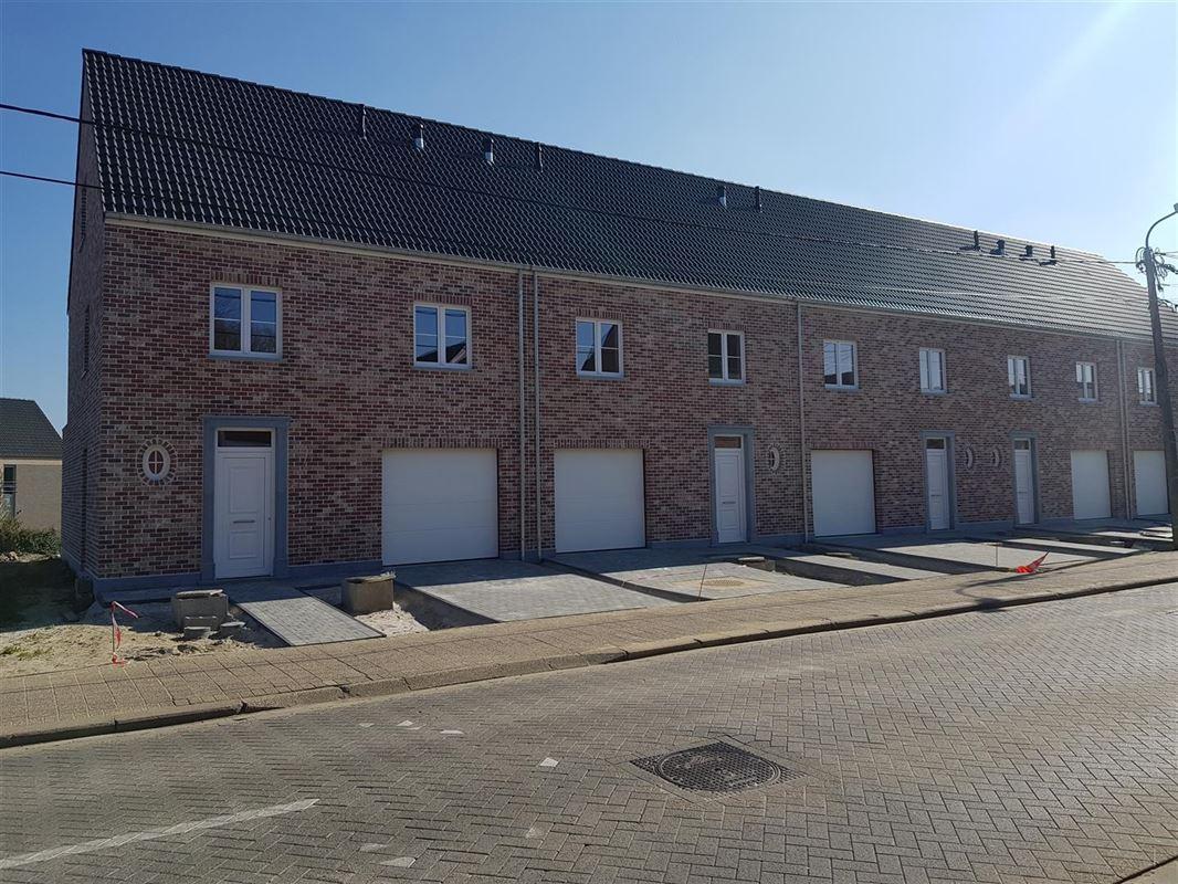 Nieuwbouw :  5 nieuwbouw woningen te huur te HEIST-OP-DEN-BERG (2220) - Prijs