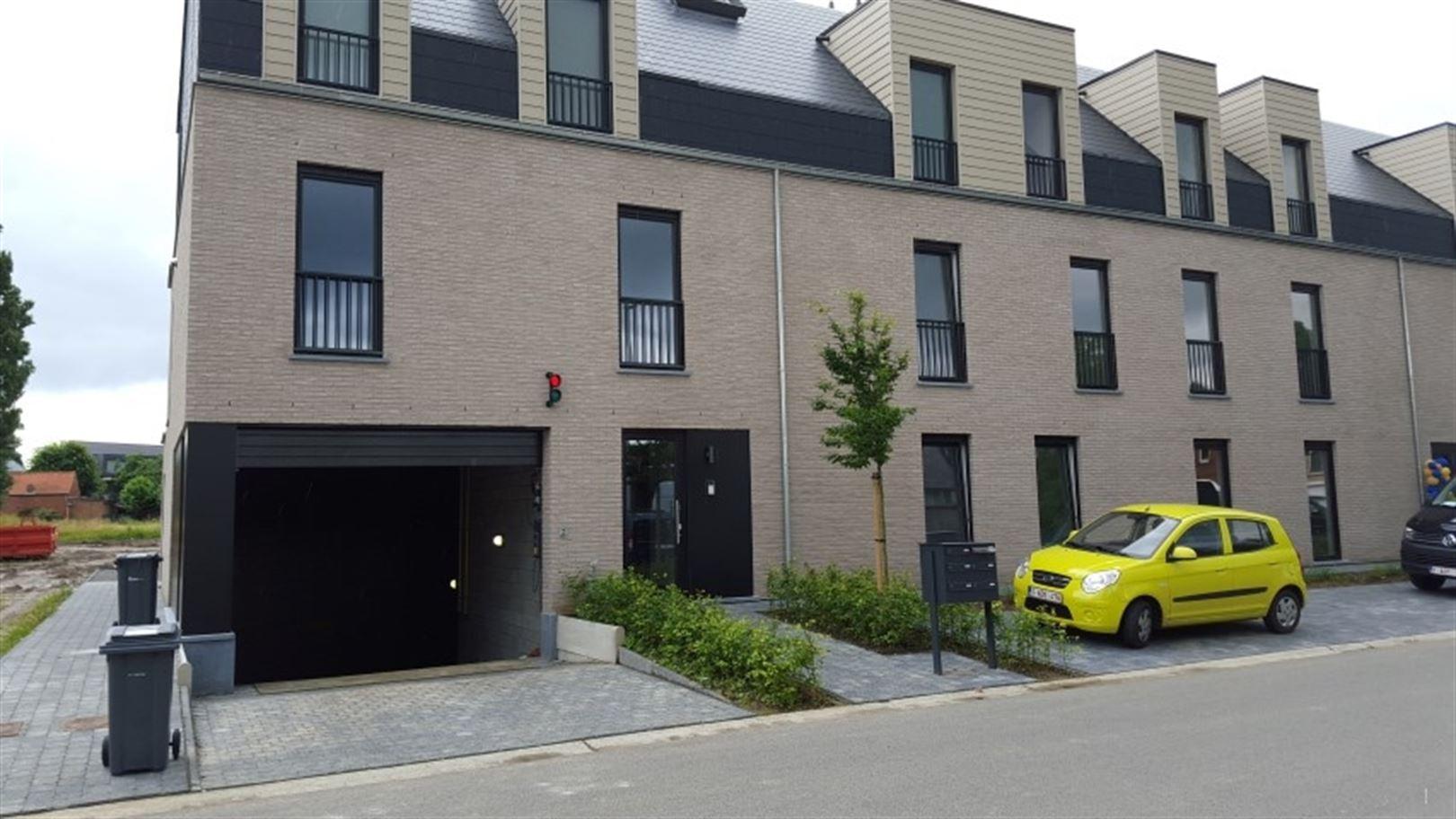 Garage te 2220 Hallaar (België) - Prijs