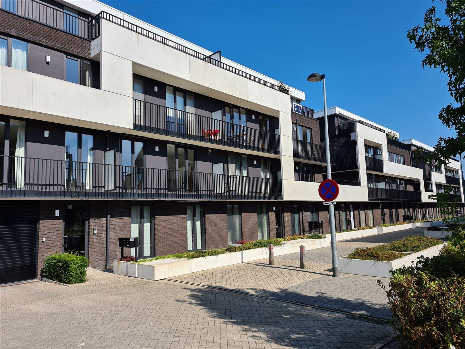 Dakappartement te 2220 Heist-Op-Den-Berg (België) - Prijs € 985