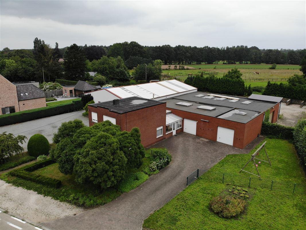 Foto 2 : Magazijn met woonst te 2222 ITEGEM (België) - Prijs € 760.000