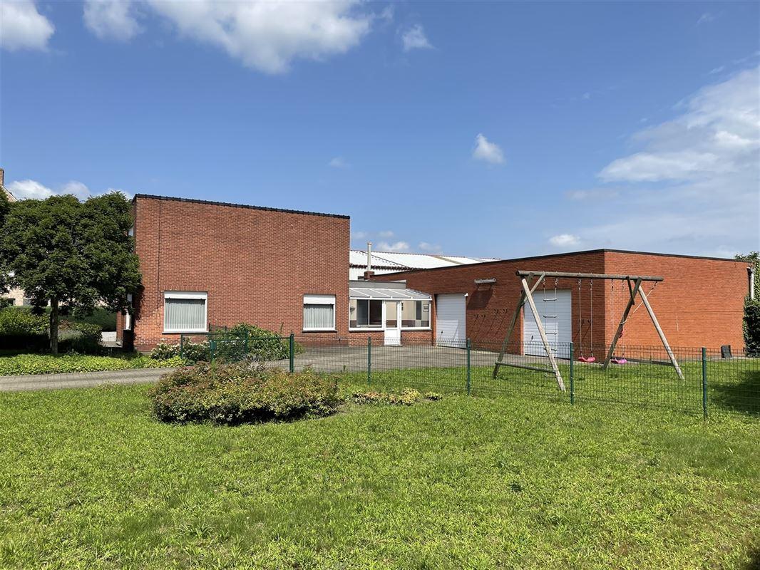 Foto 6 : Magazijn met woonst te 2222 ITEGEM (België) - Prijs € 760.000