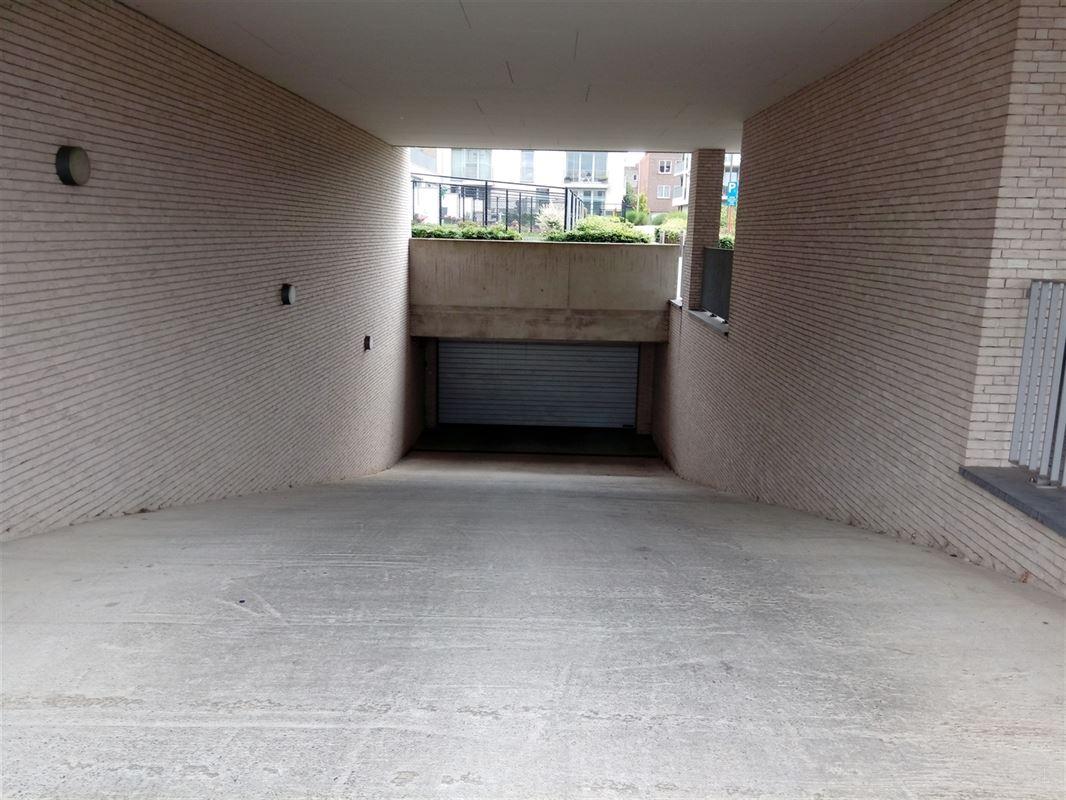Foto 2 : Garage te 2220 Heist-op-den-Berg (België) - Prijs € 70